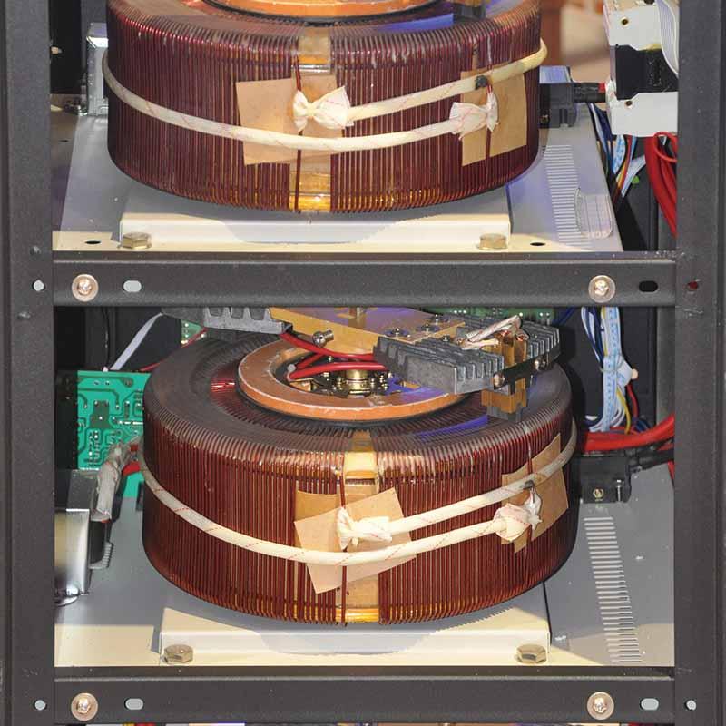 KEBO -High Efficiency Servo Motor Type Three Phase Stabilizer Pdr-10k15k20k30kva-1